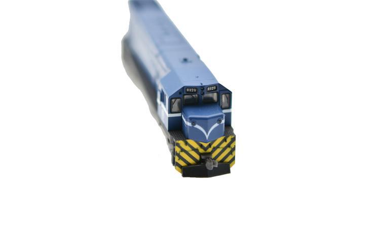台鐵 R100柴電機車頭 (藍色動力車)